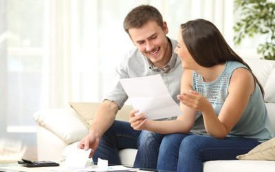 5 Reasons to Use a Money Order
